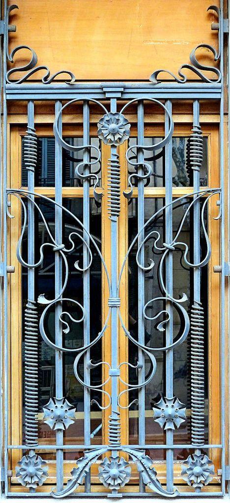 100 Mẫu hoa sắt cửa sổ đẹp nhất năm 2017