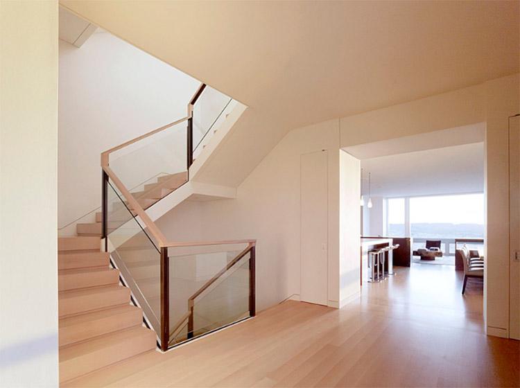 20 mẫu cầu thang gỗ-kính đẹp nhất hiện nay
